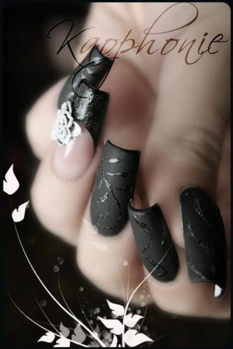 cuir-fleuri-001