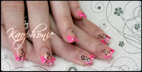 French-en-résine-rose-fluo-(4)