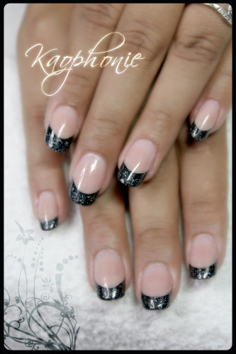 french-noire-holo-(2)