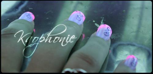 French-en-résine-rose-fluo-(10)