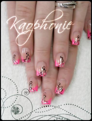 French-en-résine-rose-fluo-(8)