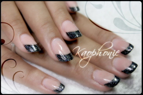 french-noire-holo-(5)