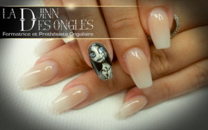 Victoria nail art